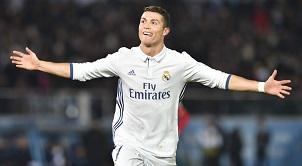 Ronaldo phá mọi kỉ lục của bóng đá thế giới